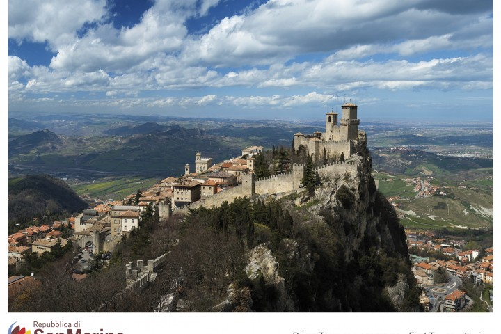 """Republic of San Marino<br /><a href=""""http://static.riviera.rimini.it/tl_files/gallerie/orig/12_prima-torre-con-panorama.jpg.zip"""" target=""""_blank"""" class=""""photo-download"""">Download high resolution image</a>"""