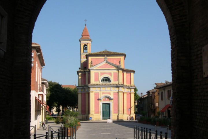 "<br /><a href=""http://static.riviera.rimini.it/tl_files/gallerie/orig/chiesa-di-santa-lucia.jpg.zip"" target=""_blank"" class=""photo-download"">descarga en alta resolución</a>"
