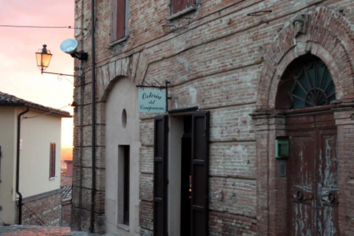 "Santarcangelo di Romagna<br /><a href=""http://static.riviera.rimini.it/tl_files/gallerie/orig/img_9931asantarcangelo.jpg.zip"" target=""_blank"" class=""photo-download"">Download high resolution image</a>"