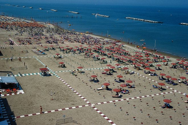 """<br /><a href=""""http://static.riviera.rimini.it/tl_files/gallerie/orig/mare1.tif.jpg.zip"""" target=""""_blank"""" class=""""photo-download"""">Download high resolution image</a>"""