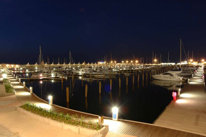 "the Marina at night, Rimini<br /><a href=""http://static.riviera.rimini.it/tl_files/gallerie/orig/marina_di_rimini_e.jpg.zip"" target=""_blank"" class=""photo-download"">Download high resolution image</a>"