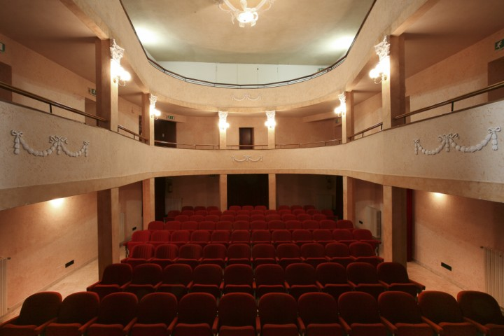 "Municipal theatre, Montescudo<br /><a href=""http://static.riviera.rimini.it/tl_files/gallerie/orig/montescudo-teatro.jpg.zip"" target=""_blank"" class=""photo-download"">Download high resolution image</a>"