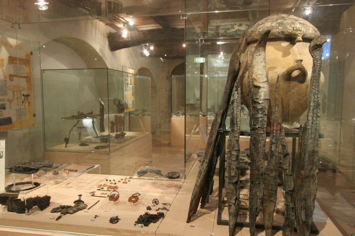 "Villanovian Municipal Archaeological Museum, Verucchio<br /><a href=""http://static.riviera.rimini.it/tl_files/gallerie/orig/museo-villanoviano-verucchio18.jpg.zip"" target=""_blank"" class=""photo-download"">Download high resolution image</a>"