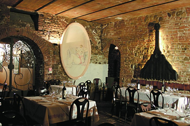 "La Sangiovesa restaurant, Santarcangelo di Romagna<br /><a href=""http://static.riviera.rimini.it/tl_files/gallerie/orig/pagina-64_65.jpg.zip"" target=""_blank"" class=""photo-download"">Download high resolution image</a>"