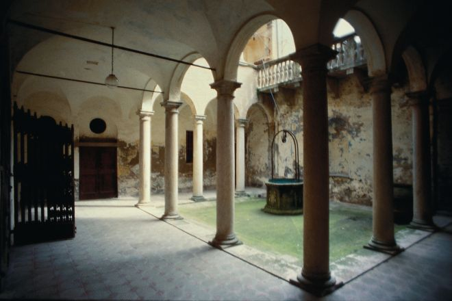 "Albini palace, Saludecio<br /><a href=""http://static.riviera.rimini.it/tl_files/gallerie/orig/palazzo-albini.tif.jpg.zip"" target=""_blank"" class=""photo-download"">Download high resolution image</a>"