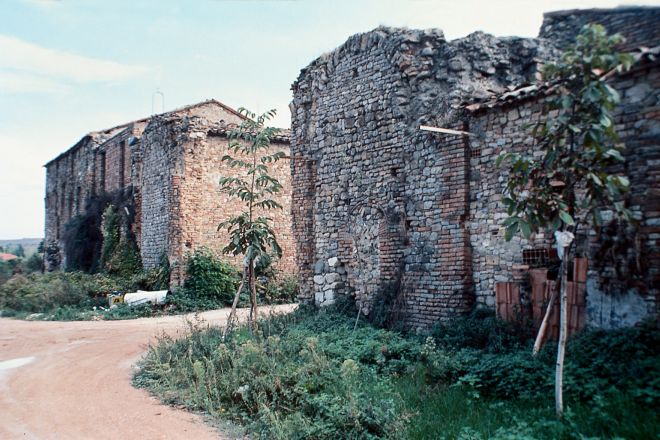 "ruins of St. Gregory, Morciano di Romagna<br /><a href=""http://static.riviera.rimini.it/tl_files/gallerie/orig/rovine-san-gregorio.tif.jpg.zip"" target=""_blank"" class=""photo-download"">Download high resolution image</a>"