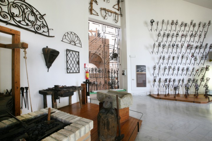 "Museo etnografico, Santarcangelo di Romagna<br /><a href=""http://static.riviera.rimini.it/tl_files/gallerie/orig/santarcangelo-met-14.jpg.zip"" target=""_blank"" class=""photo-download"">Scarica in alta risoluzione</a>"