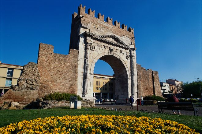 "Arch of Augustus, Rimini<br /><a href=""https://static.riviera.rimini.it/tl_files/gallerie/orig/arco-augusto8.tif.jpg.zip"" target=""_blank"" class=""photo-download"">Download high resolution image</a>"