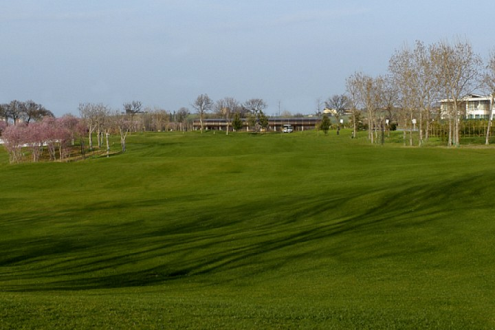 "San Giovanni in Marignano, Riviera Golf<br /><a href=""https://static.riviera.rimini.it/tl_files/gallerie/orig/campo-3.jpg.zip"" target=""_blank"" class=""photo-download"">Download high resolution image</a>"