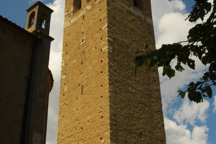 """Tower, San Leo<br /><a href=""""https://static.riviera.rimini.it/tl_files/gallerie/orig/dsc_0003.jpg.zip"""" target=""""_blank"""" class=""""photo-download"""">Download high resolution image</a>"""