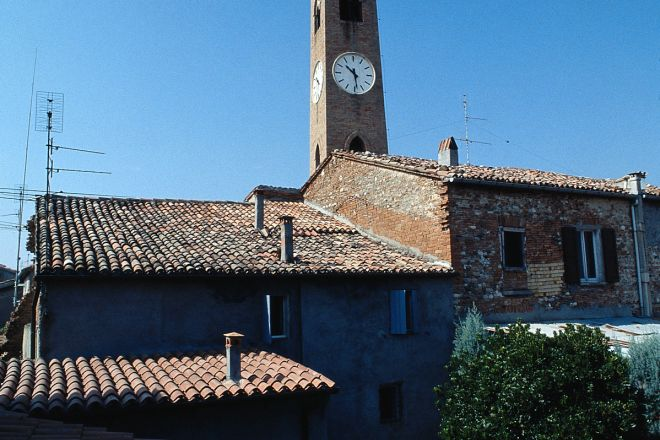 """Campanone Tower, Santarcangelo di Romagna<br /><a href=""""https://static.riviera.rimini.it/tl_files/gallerie/orig/il-campanone.tif.jpg.zip"""" target=""""_blank"""" class=""""photo-download"""">Download high resolution image</a>"""