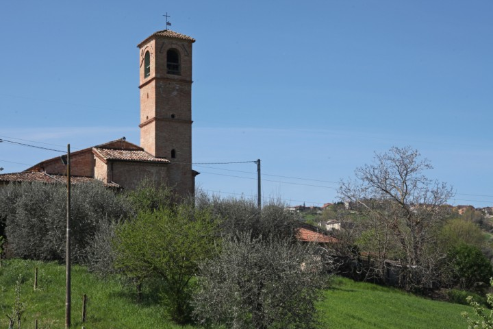 "Sanctuary of Valliano, Montescudo<br /><a href=""https://static.riviera.rimini.it/tl_files/gallerie/orig/img_2623avalliano.jpg.zip"" target=""_blank"" class=""photo-download"">Download high resolution image</a>"