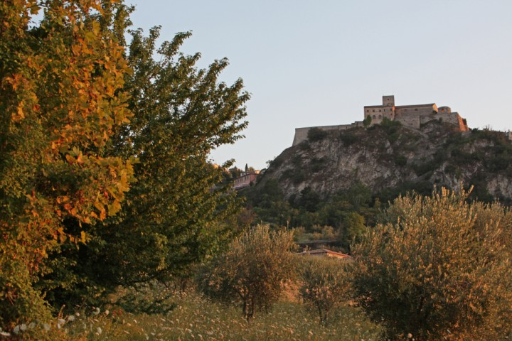 """Malatesta Fortress, Verucchio<br /><a href=""""https://static.riviera.rimini.it/tl_files/gallerie/orig/img_2867verucchio.jpg.zip"""" target=""""_blank"""" class=""""photo-download"""">Download high resolution image</a>"""