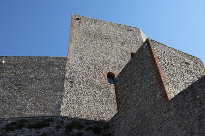 "Malatesta Fortress, Montefiore Conca<br /><a href=""https://static.riviera.rimini.it/tl_files/gallerie/orig/img_6940a.jpg.zip"" target=""_blank"" class=""photo-download"">Download high resolution image</a>"