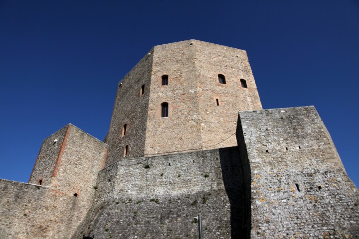 "Malatesta Fortress, Montefiore Conca<br /><a href=""https://static.riviera.rimini.it/tl_files/gallerie/orig/img_6954a.jpg.zip"" target=""_blank"" class=""photo-download"">Download high resolution image</a>"
