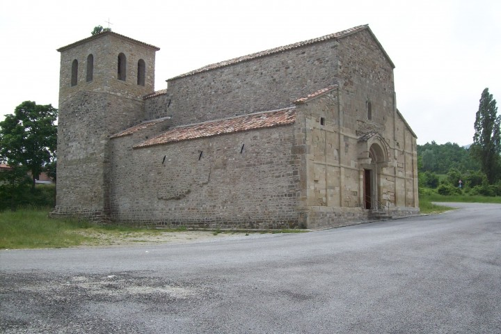 "Romanesque church, Pennabilli<br /><a href=""https://static.riviera.rimini.it/tl_files/gallerie/orig/la-pieve-ponte-messa-1.jpg.zip"" target=""_blank"" class=""photo-download"">Download high resolution image</a>"