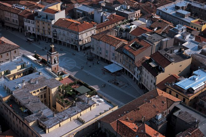 "Piazza Tre Martiri, Rimini<br /><a href=""https://static.riviera.rimini.it/tl_files/gallerie/orig/piazza_tre_martiri.jpg.zip"" target=""_blank"" class=""photo-download"">Download high resolution image</a>"