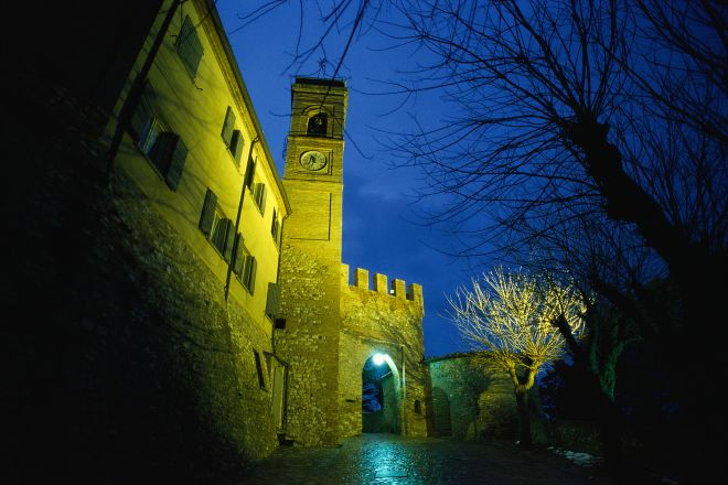 """City gate, Montecolombo<br /><a href=""""https://static.riviera.rimini.it/tl_files/gallerie/orig/porta-ingresso3.tif.jpg.zip"""" target=""""_blank"""" class=""""photo-download"""">Download high resolution image</a>"""