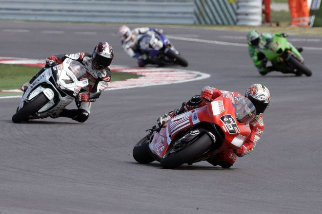 "Moto GP 2007, Misano Adriatico<br /><a href=""https://static.riviera.rimini.it/tl_files/gallerie/orig/rsm-motog62_30012008123627.jpg.zip"" target=""_blank"" class=""photo-download"">Download high resolution image</a>"