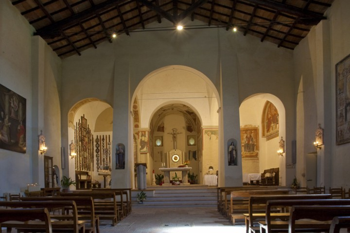 "Sanctuary of Valliano, Montescudo<br /><a href=""https://static.riviera.rimini.it/tl_files/gallerie/orig/santuario-di-valliano-02.jpg.zip"" target=""_blank"" class=""photo-download"">Download high resolution image</a>"